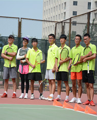 网球俱乐部教练团队